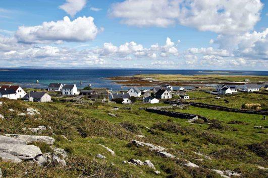 Small Group escorted tour exploring Historic Ireland