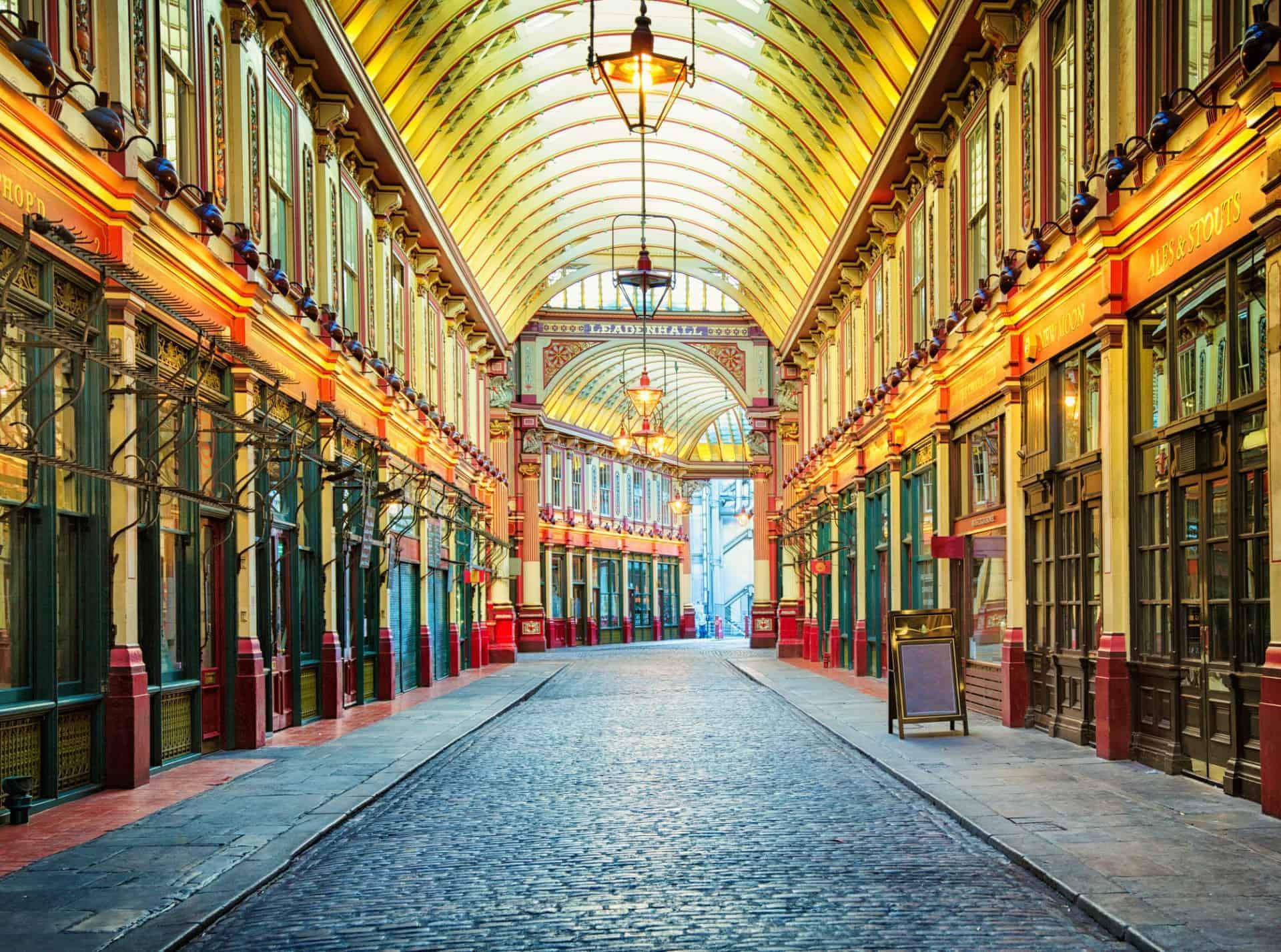 Queen Victoria's Great Britain, Leadenhall arcade