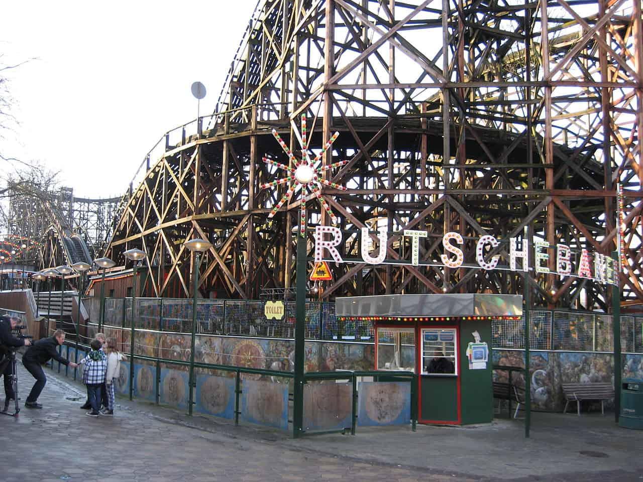 The entrance to the Rutschebanen