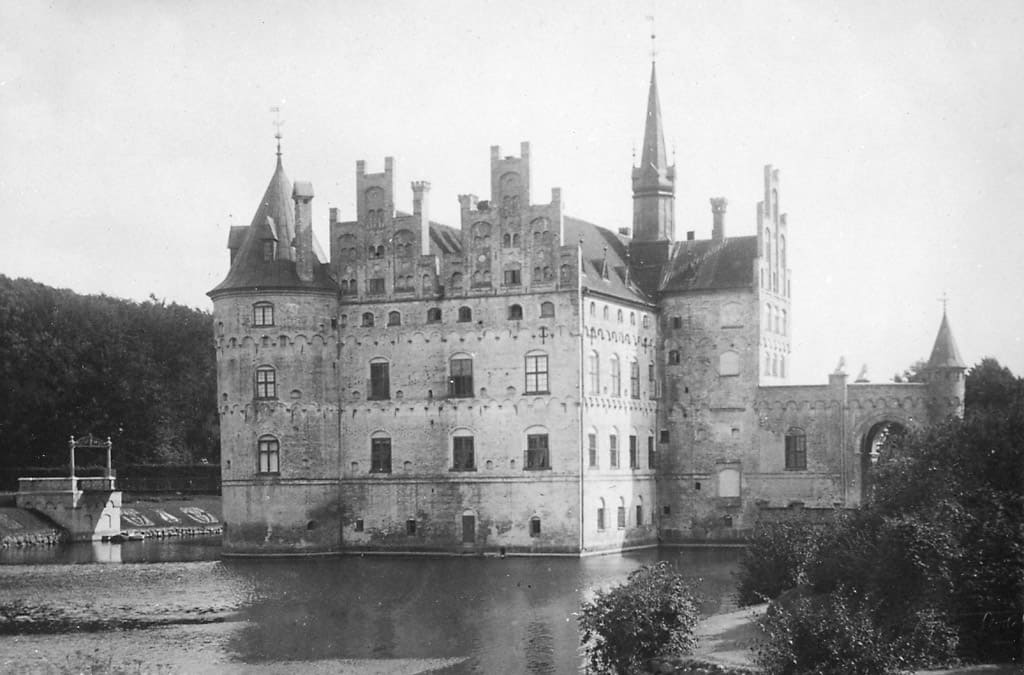 A photo of Egeskov Castle by the Swedish architect Helgo Zettervall who restored the castle in the 1880s.