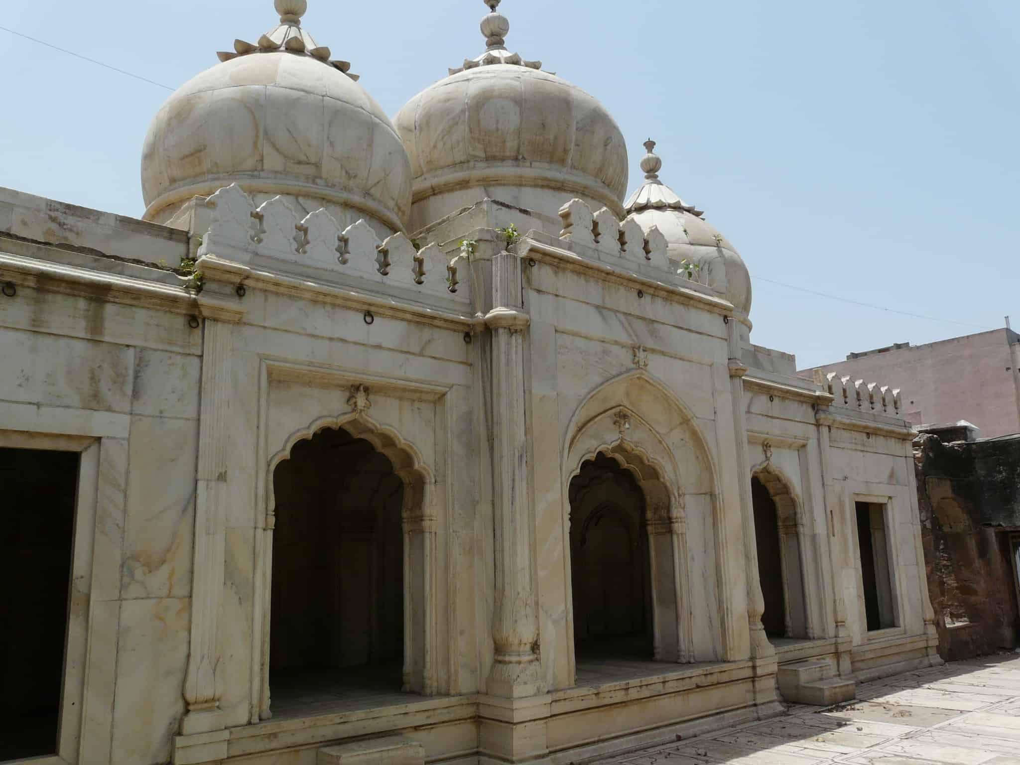 Pearl Mosque or Moti Masjid, Delhi