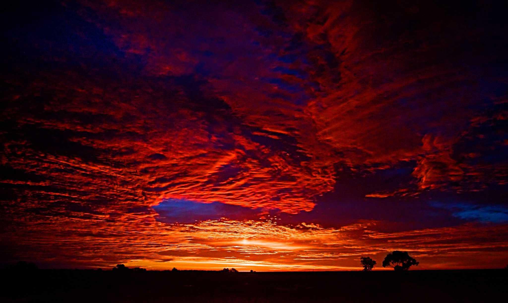 Dawn at Lightening Ridge
