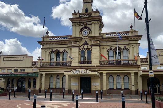 Town Hall Glenn Innes